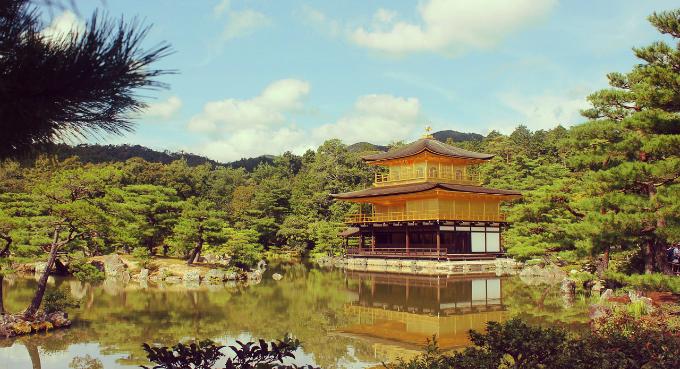トリップアドバイザー口コミ から分かる外国人と日本人の好きな観光地の違い